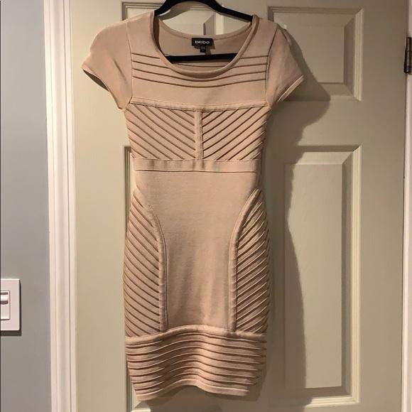 bebe Dresses & Skirts - Bebe short sleeve bodycon dress
